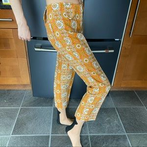 Petite orange patterned vintage 60s/ 70s pants